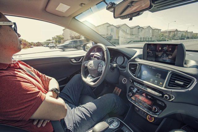 ВКалифорнии беспилотники будут бесплатно возить пассажиров