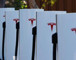 Реферальная программа Tesla завершится через две недели