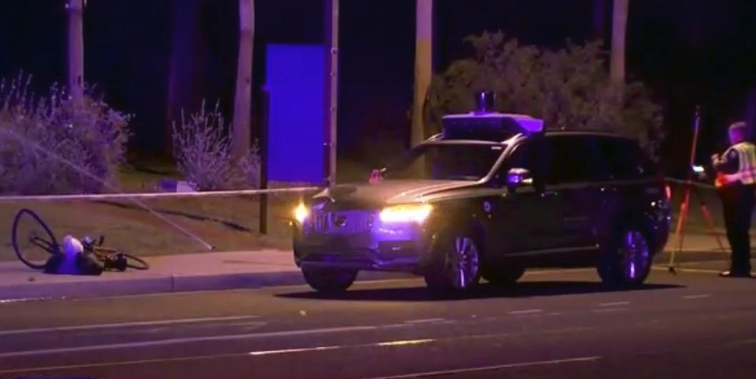 Тоёта приостановила тестирования беспилотных авто вСША после смертоносного ДТП сUber