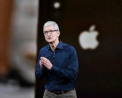 Компания Apple будет нанимать меньше сотрудников из-за падения объемов продаж смартфонов iPhone
