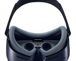 Для смартфонов Galaxy S8 и Galaxy S8 Plus будет представлена гарнитура Gear VR с одним беспроводным контроллером
