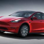 Компания Tesla объявила, что поставки китайских электромобилей Model 3 будут начаты 30 декабря