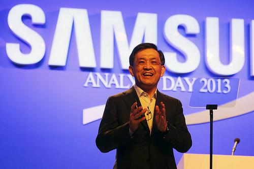 Генеральный руководитель ивице-президент Самсунг Electronics уходит вотставку