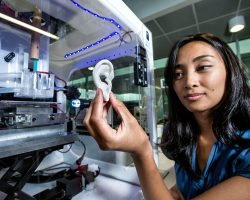 В Австралийской больнице строят центр, где методом 3D-печати можно будет создавать хрящи и кости для трасплантации