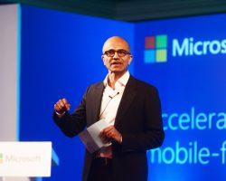 Microsoft планирует ставить свои приложения на Lenovo