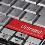 Как удалить человека из друзей на Facebook