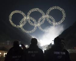 1218 дронов Intel создали в небе олимпийские кольца
