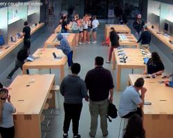Воры за несколько секунд обокрали магазин Apple полный посетителей
