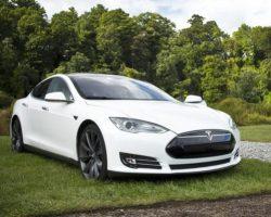К 2040 году на дорогах будут доминировать электрокары