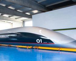 Hyperloop Transportation Technologies показала пассажирскую капсулу Quintero One