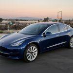 Илон Маск рассказал о двухмоторной версии Tesla Model 3, которая будет разгоняться до 100 км/ч за 3,5 с