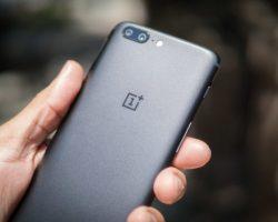 Компания OnePlus рассказала о причинах перезагрузки смартфонов OnePlus 5 при звонке в службу спасения 911