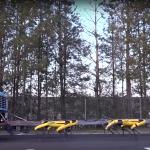 Boston Dynamics показала, как 10 роботов Spot буксируют грузовик