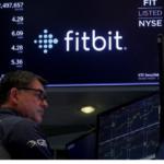 Холдинг Alphabet хочет купить Fitbit