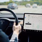 Электромобили Tesla получили обновление прошивки