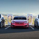 Tesla снова предлагает неограниченную бесплатную зарядку покупателям некоторых электромобилей Model S и Model X
