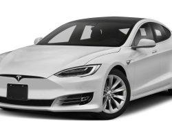 Tesla расследует взрыв электромобиля Model S в Шанхае