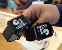 Несколько владельцев умных часов Apple Watch Series 3 с модемом LTE сообщили о проблемах с подключением к сети оператора мобильной связи