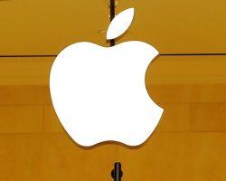 Старший вице-президент Tesla возвращается в Apple