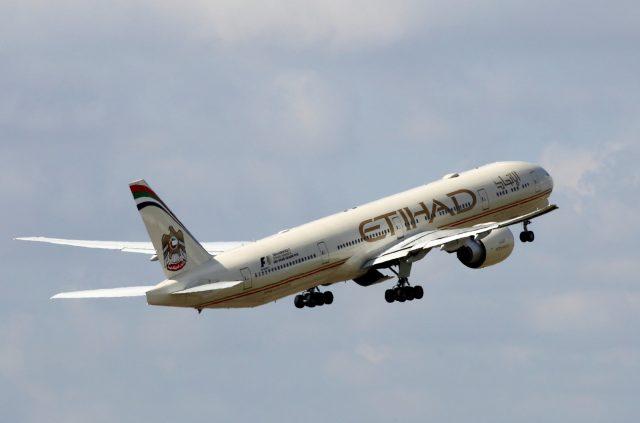 США отменили запрет напровоз ноутбуков нарейсах Etihad изАбу-Даби