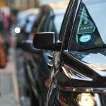 В США водитель Uber может потребовать 15$ за возврат забытой в машине вещи