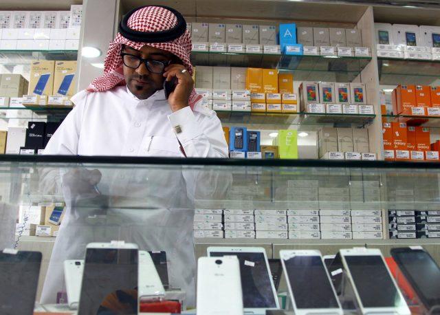 Саудовская Аравия снимает запрет назвонки через интернет-программы