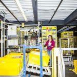 Работники со склада Amazon были госпитализированы из-за ошибки робота