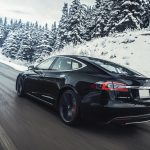 После недавних случаев возгорания Tesla обновила прошивку Model S и X