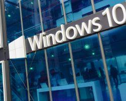 Microsoft приостановила распространение обновления Windows 10 на ноутбуках Surface Book 2