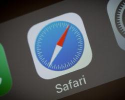 Браузер Apple Safari окончательно прекратит поддерживать Adobe Flash