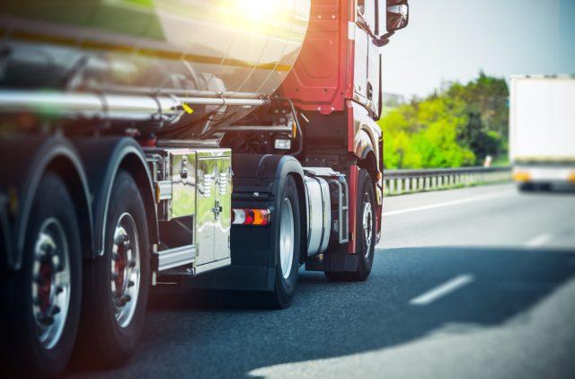 Google тестирует беспилотный грузовой автомобиль