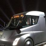 Компания Wal-Mart уже заказала 15 электрических грузовиков Tesla Semi