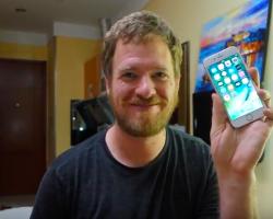 Мужчина собрал полностью функциональный iPhone 6s из запасных частей, купленных в Китае