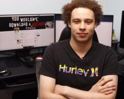Исследователь MalwareTech, который остановил вирус WannaCry получил $10000 и бесплатную пиццу на год