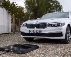BMW выпустит беспроводное зарядное устройство для электромобилей