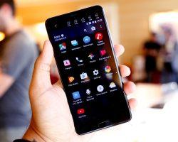 Представлены смартфоны HTC U Ultra и U Play