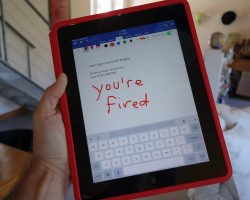 Пользователи Microsoft Office iPhone теперь могут писать пальцами