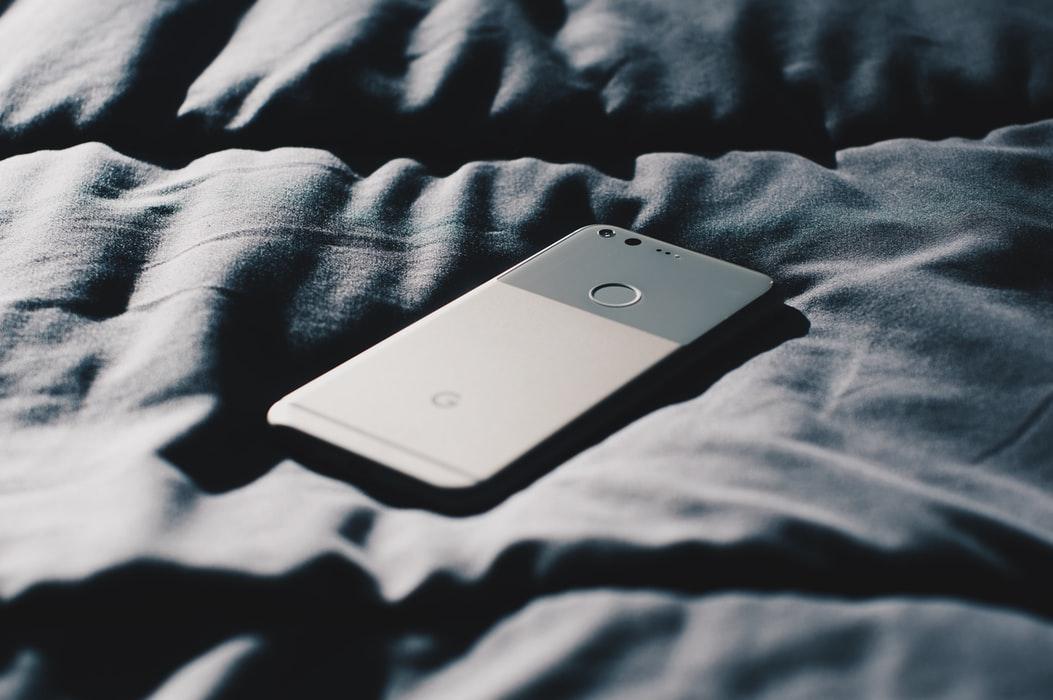 Как найти телефон дома, если он на беззвучном режиме