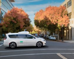 Противостояние Google против Uber набирает обороты
